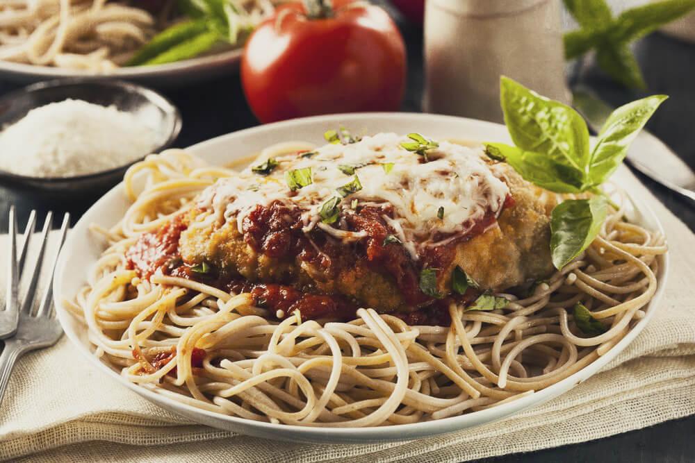 Рецепт пасты с курицей и пармезаном