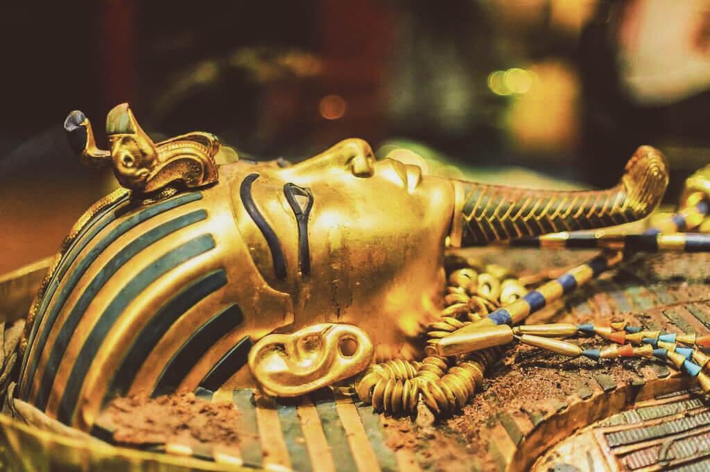 мумия фараон
