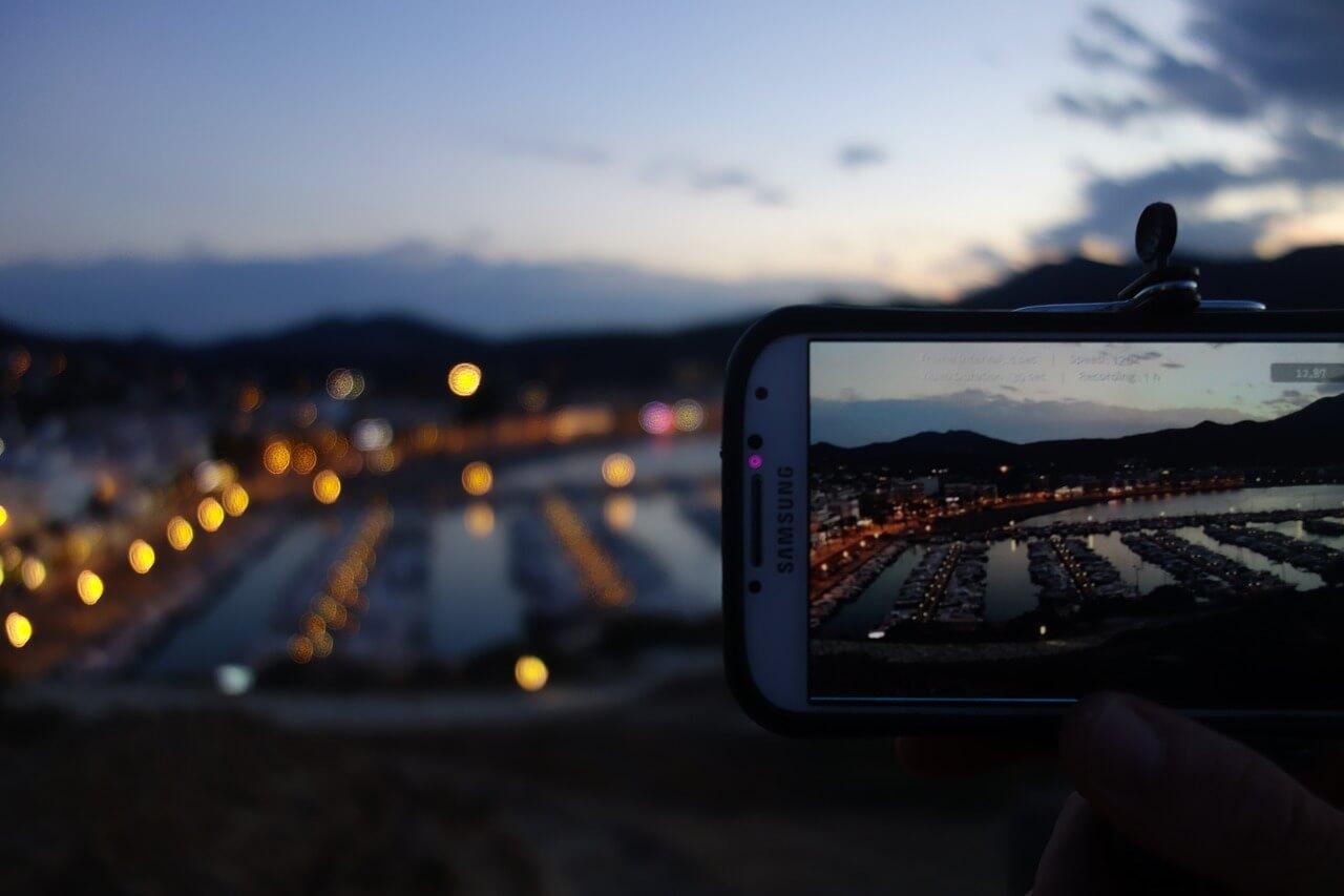 видео смартфон