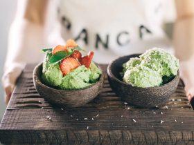 мороженое клубника авокадо