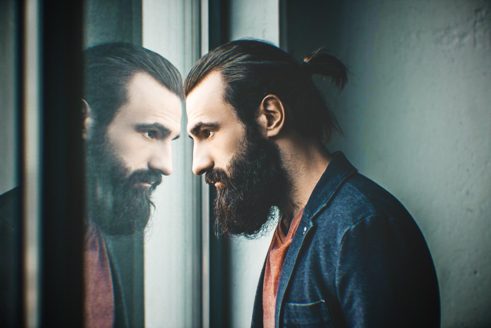 мужчина борода отражение