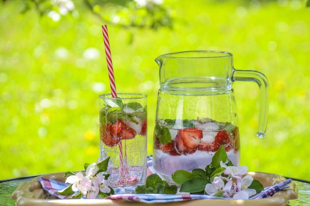 сок из киви и клубники