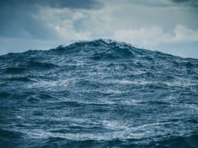 волна океан