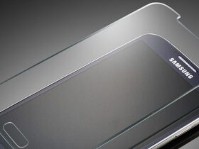 защитное стекло смартфон