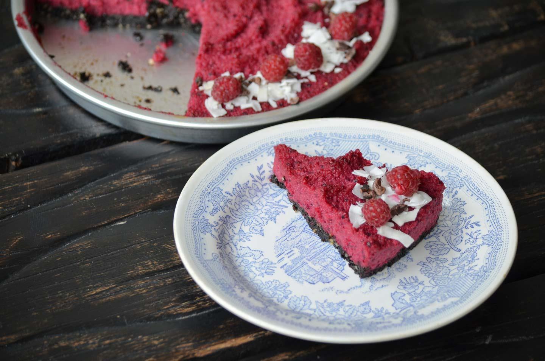 Свекольный сыроедческий торт
