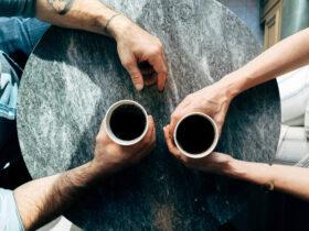 кафе разговор