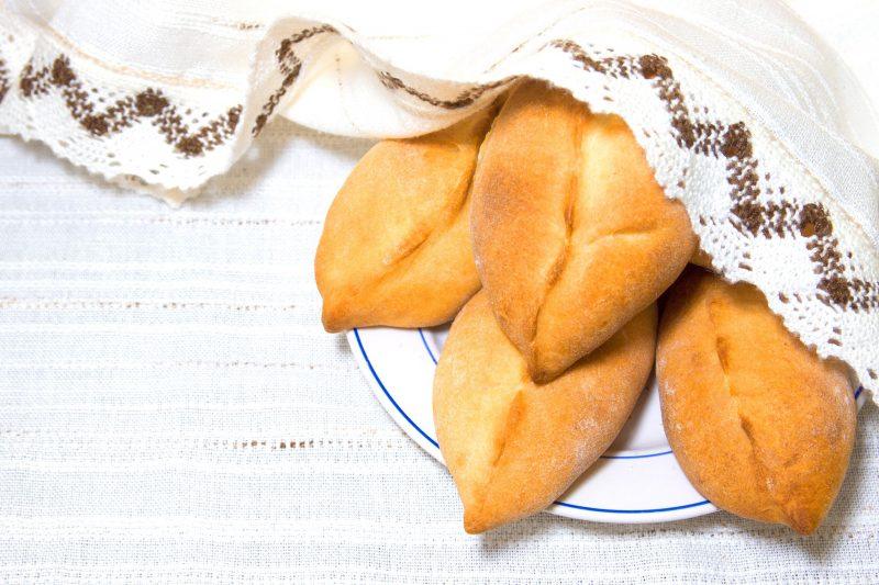 пирожки С начинкой из пюре, укропа и лука