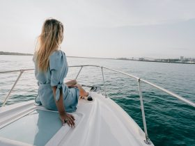 девушка море